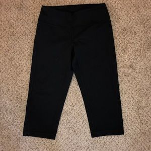 Black Zella Crop Leggings NWOT